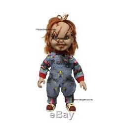 CHILD'S PLAY Chucky Mega Scale 1/6 Action Figure Mezco