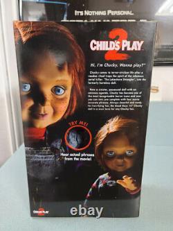 Child's Play 2 15'' GOOD GUYS Chucky (Talking) Electronic Doll Mezco Toyz New