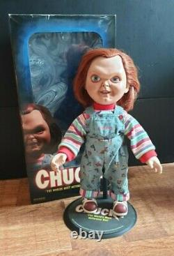 Chucky Sideshow Collectibles Doll Figure Childs Play Clean Version
