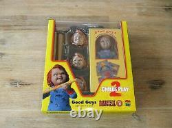 MAFEX No. 112 Chucky die Mörderpuppe aus Childs Play 2 (NECA Sideshow 1/6)