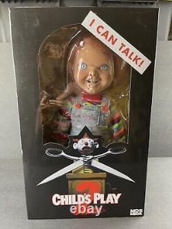 Mezco Toyz Child's Play 2 Talking Chucky Mega Scale Murder Doll Figure IN STOCK