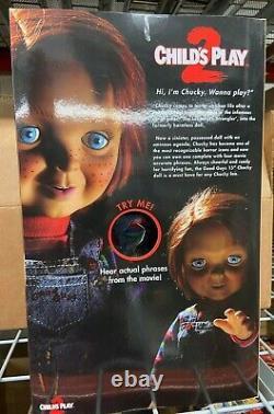 Mezco Toyz Child's Play 2 Talking Good Guys Chucky Mega Scale Figure IN STOCK
